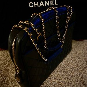 Chanel quilted lambskin leather gold chain tote